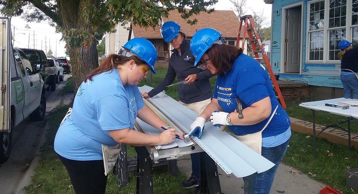 volunteer group at build site