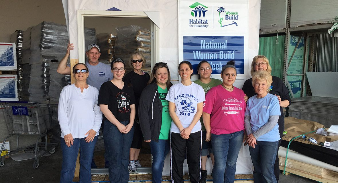 lenawee women build volunteers